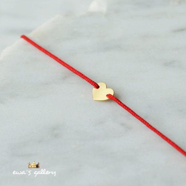 Luxusný červený náramok proti urieknutiu so srdiečkom zo zlata a striebra