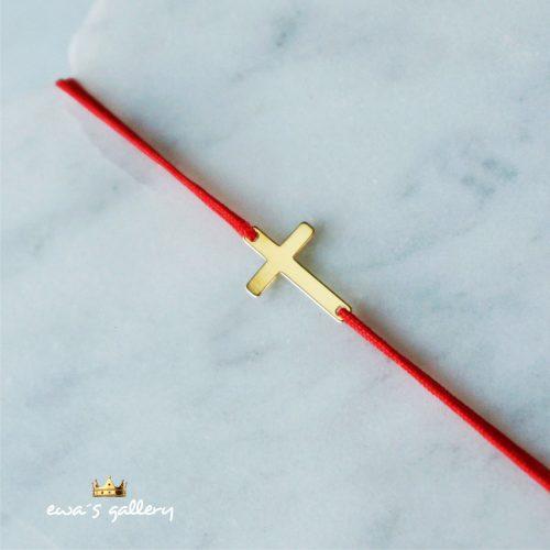 Červený náramok proti urieknutiu Kríž 14k zlato